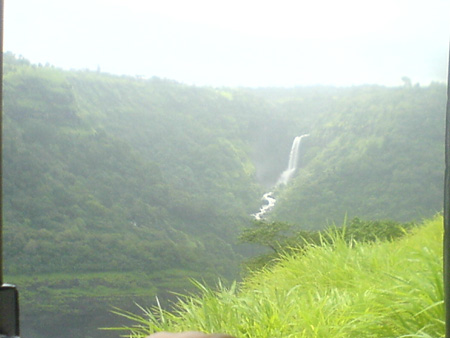 Waterfalls en route to Lonavala